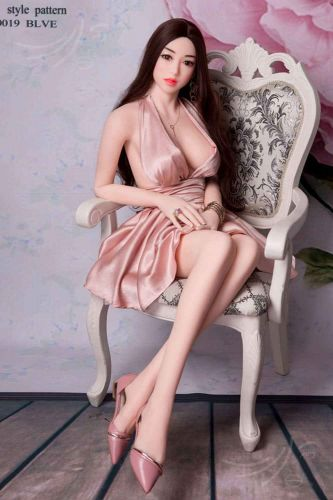 "Liebespuppe ""Aiko"", 156 cm groß"